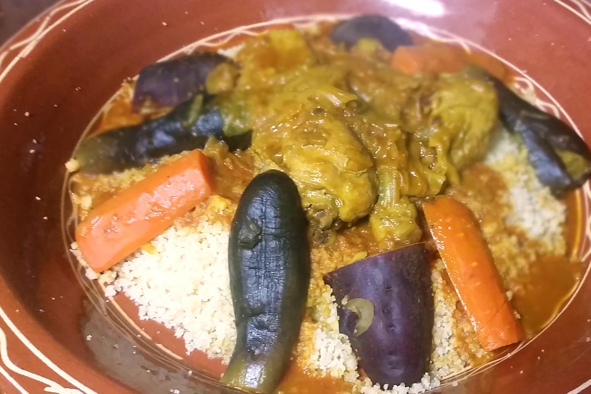 チキンのクスクス モロッコ家庭料理専門店 Le Marrakech(ル・マラケシュ)