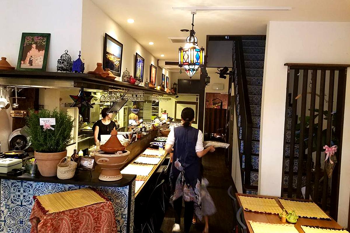 1F内観 カウンター席 モロッコ家庭料理専門店 Le Marrakech(ル・マラケシュ)